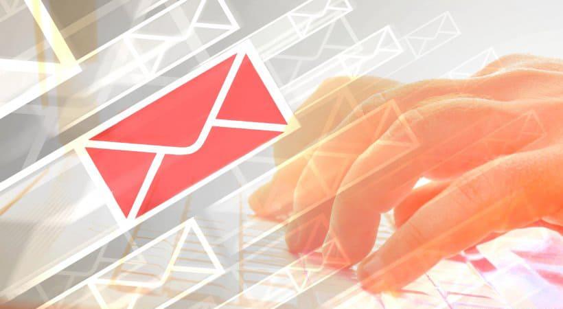 locky w wiadomościach e-mail